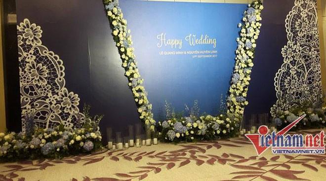 Những hình ảnh hiếm hoi về đám cưới ấm cúng của BTV Quang Minh và vợ trẻ - Ảnh 4.