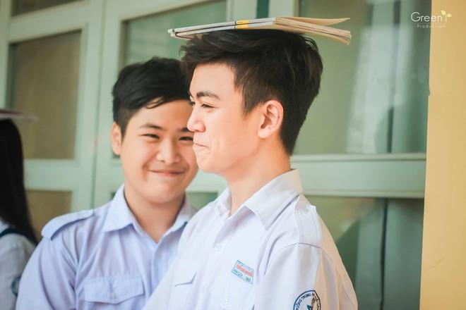 Cậu bạn trường Trần Đại Nghĩa với nụ cười má lúm gây sốt: Điển trai, giỏi cả bóng rổ lẫn piano - Ảnh 4.