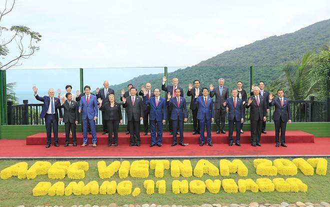 Những hình ảnh bên lề Hội nghị cấp cao của các nhà Lãnh đạo APEC - Ảnh 4.