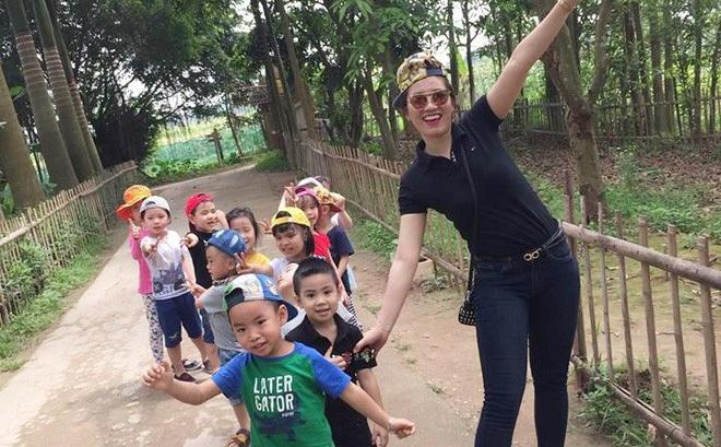 """Cô giáo mầm non Hà Nội dí dỏm kể chuyện nghề: """"Chọn nghề này phải kiêm quá nhiều chữ sĩ"""""""