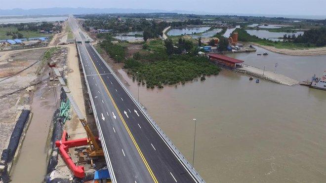 Ngắm cầu vượt biển dài nhất Đông Nam Á trước giờ thông xe - Ảnh 5.