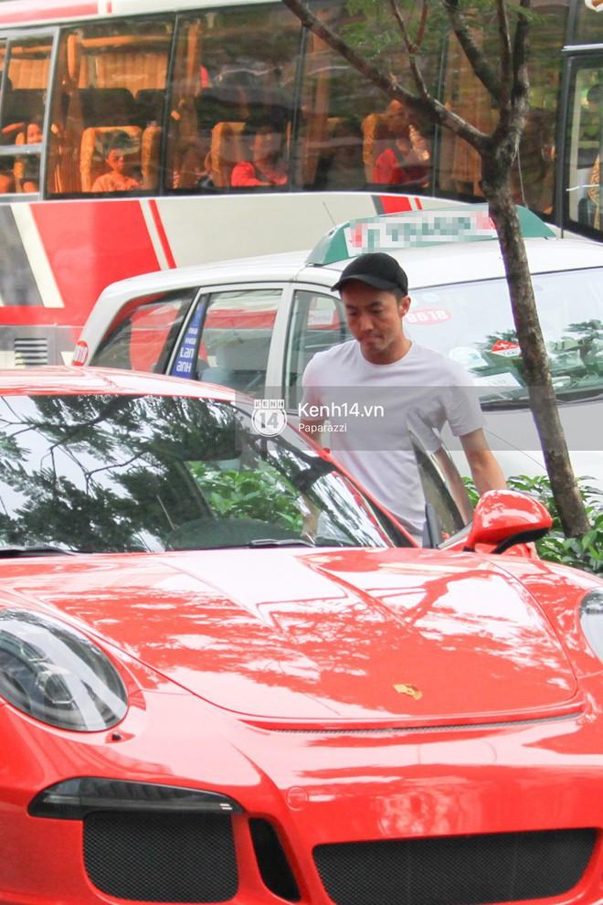 Cường Đô la - Đàm Thu Trang và Subeo đi chơi cuối tuần, nổi bật với siêu xe trên phố - Ảnh 6.