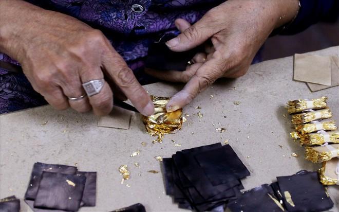 Đi tìm bí mật của đàn ông Kiêu Kỵ đập hơn 1400 nhát búa mỗi giờ làm vàng quỳ - Ảnh 6.
