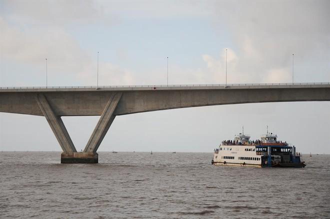 Ngắm cầu vượt biển dài nhất Đông Nam Á trước giờ thông xe - Ảnh 7.