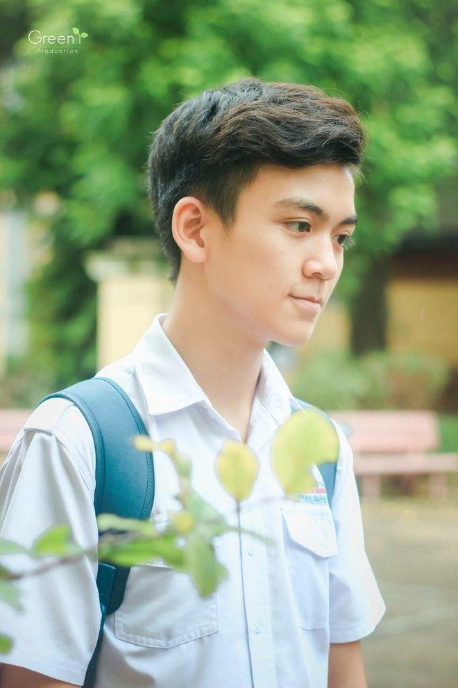 Cậu bạn trường Trần Đại Nghĩa với nụ cười má lúm gây sốt: Điển trai, giỏi cả bóng rổ lẫn piano - Ảnh 7.