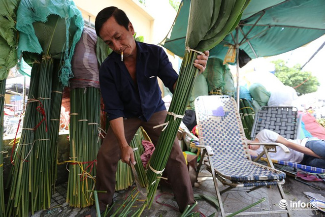 Đi chợ lá dong độc nhất ở TP. Hồ Chí Minh - Ảnh 7.