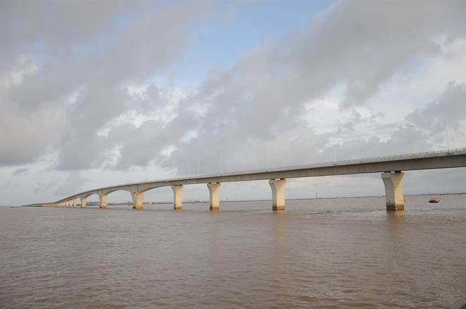 Ngắm cầu vượt biển dài nhất Đông Nam Á trước giờ thông xe - Ảnh 8.