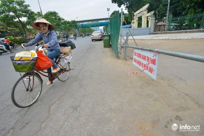 Đường dài hơn 0,5km giữa Thủ đô, làm gần 20 năm vẫn chưa xong - Ảnh 8.