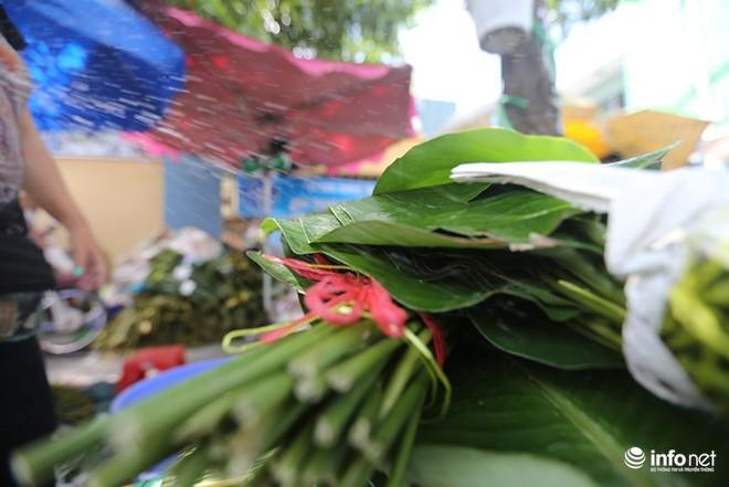 Đi chợ lá dong độc nhất ở TP. Hồ Chí Minh - Ảnh 9.