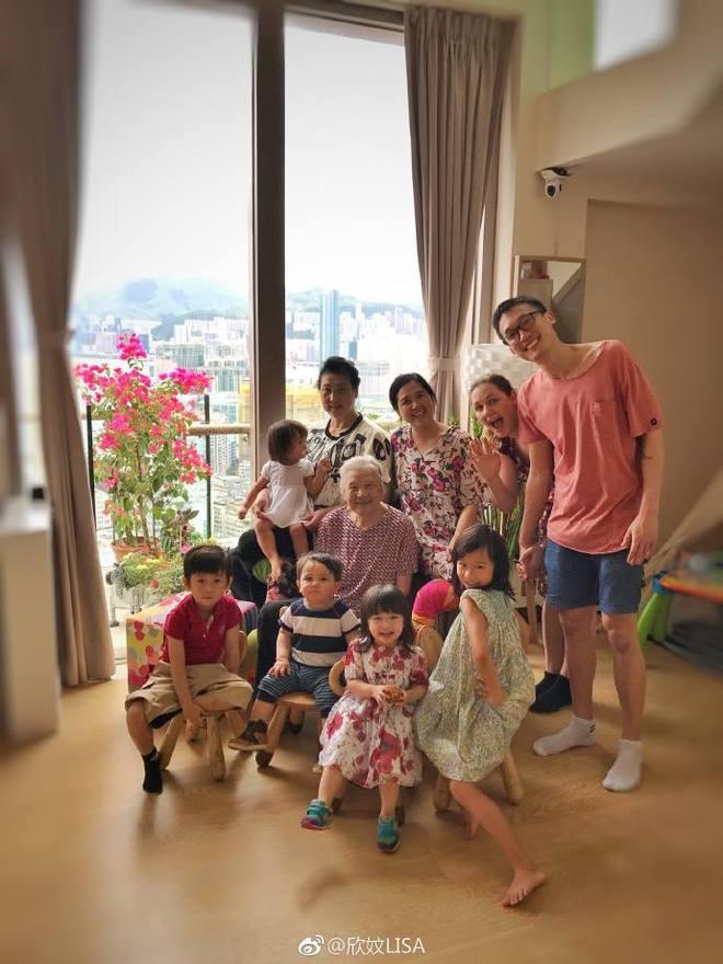 Bà xã Trần Hạo Dân bất ngờ chia sẻ ảnh dìm hàng chồng tại Đà Nẵng, Việt Nam - Ảnh 10.