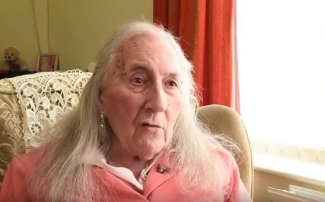 87 năm 'sống nhầm cơ thể', cựu binh Anh chuyển giới thành công ở tuổi 90