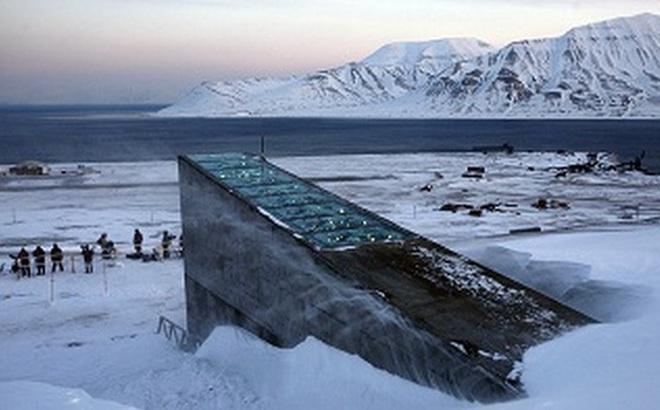 """Na Uy mở cửa """"Hầm Tận thế"""" mới, thay vì lưu trữ hạt giống thì nơi đây lưu giữ các dữ liệu về văn hóa lịch sử"""