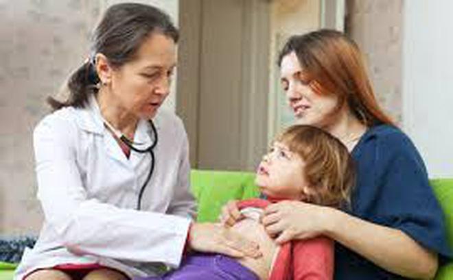 Biểu hiện và biến chứng viêm ruột thừa ở trẻ nhỏ