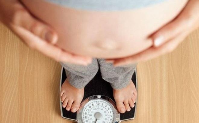 Kiểm soát trọng lượng giữa thai kỳ để giảm nguy cơ tăng huyết áp