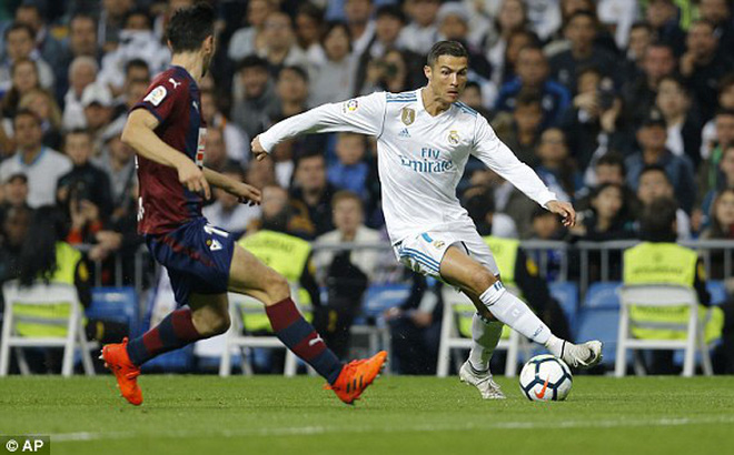 Bernabeu đã không còn là nhà của Ronaldo nữa rồi!