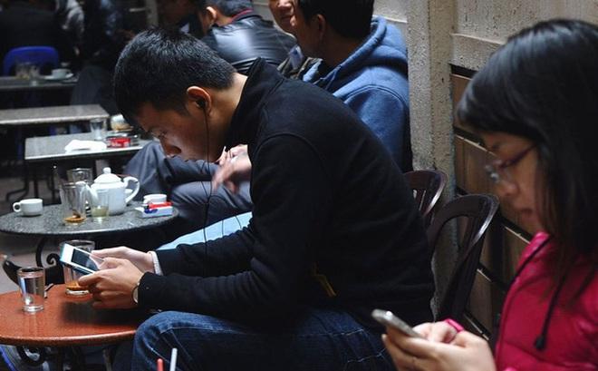 """Bloomberg: Facebook là """"mỏ vàng"""" đối với giới buôn bán Việt Nam"""