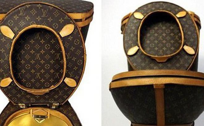 """Túi rác, cưa máy, lựu đạn Louis Vuitton: Tất cả vẫn chưa """"xi nhê"""" gì khi so với bồn cầu Louis Vuitton!"""