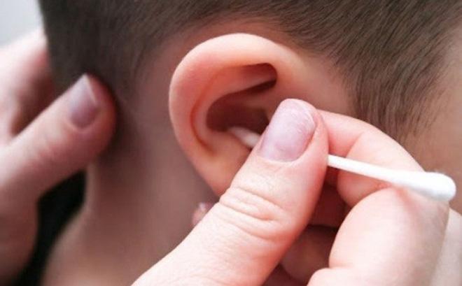 Những thói quen có hại cho tai mũi họng