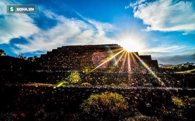 Phát hiện loạt kim tự tháp bí ẩn ở Tây Ban Nha: Nhà thám hiểm đang truy tìm nguồn gốc