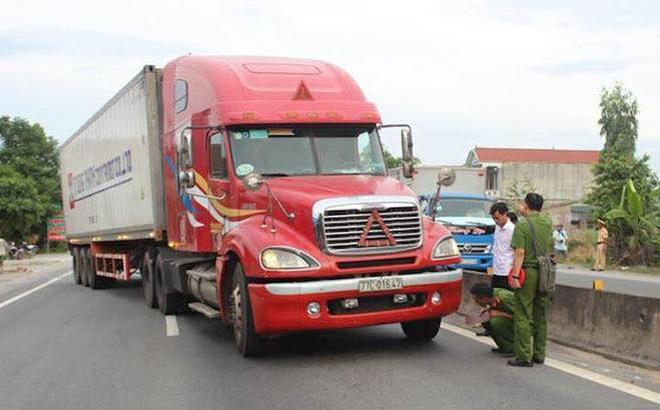 Tài xế container đánh lái hất văng CSGT vào dải phân cách lĩnh án 10 năm tù