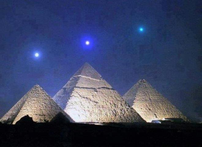4 điểm dị thường của Đại kim tự tháp Giza thách thức trí tuệ giới khoa học hiện đại - Ảnh 7.