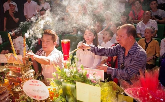 Các nghệ sỹ nổi tiếng Sài Gòn tổ chức lễ cúng Tổ nghề