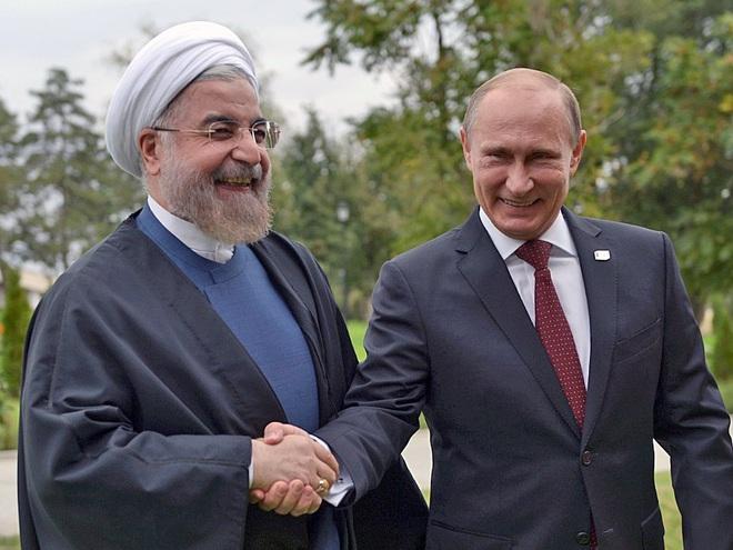 Ông Trump không hiểu thỏa thuận hạt nhân Iran, tổng thống Pháp Macron cũng phải đốp lại - Ảnh 2.