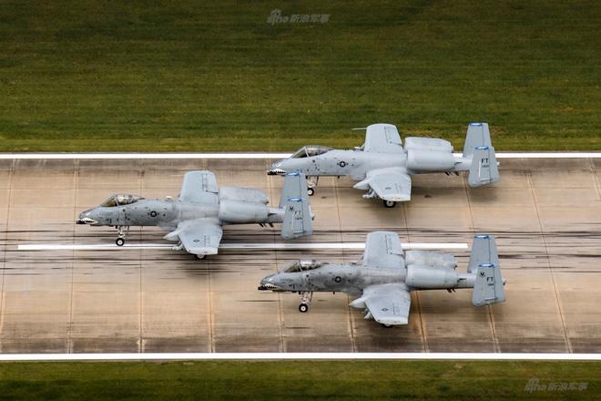 Màn biểu dương lực lượng của A-10 khiến T-14 Armata khiếp vía - Ảnh 6.