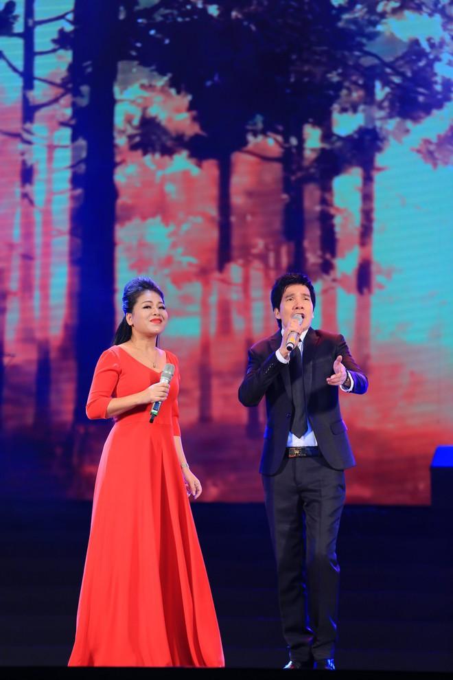 MC Thảo Vân làm ca sĩ, hát bolero ngọt ngào gây bất ngờ lớn - Ảnh 14.
