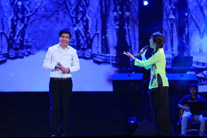 MC Thảo Vân làm ca sĩ, hát bolero ngọt ngào gây bất ngờ lớn - Ảnh 2.
