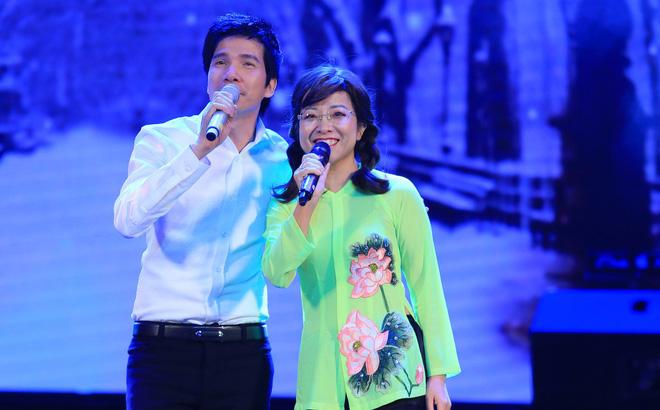 MC Thảo Vân làm ca sĩ, hát bolero ngọt ngào gây bất ngờ lớn