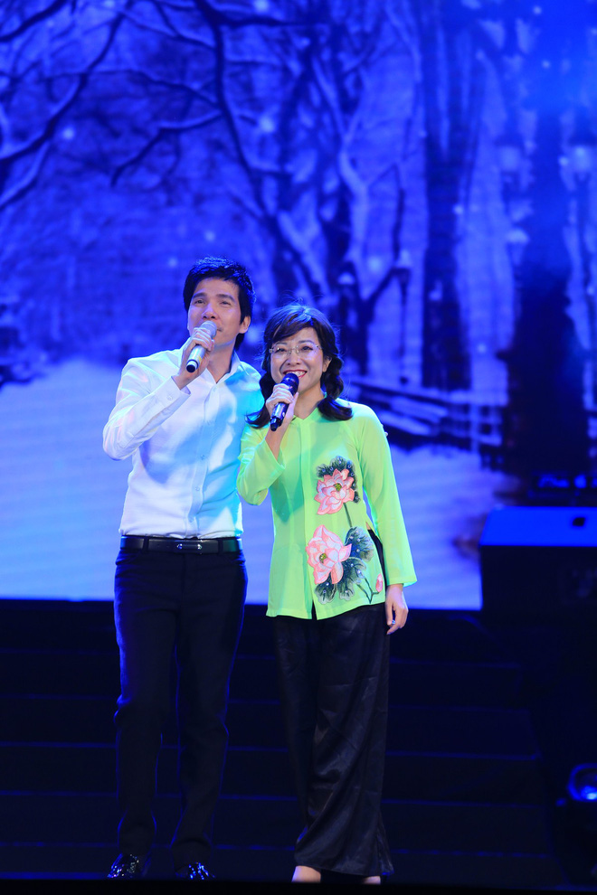 MC Thảo Vân làm ca sĩ, hát bolero ngọt ngào gây bất ngờ lớn - Ảnh 3.