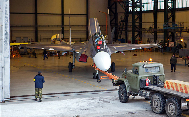 Quốc gia X mua 2 trung đoàn Su-30SM bằng gần 50 triệu thùng dầu thô