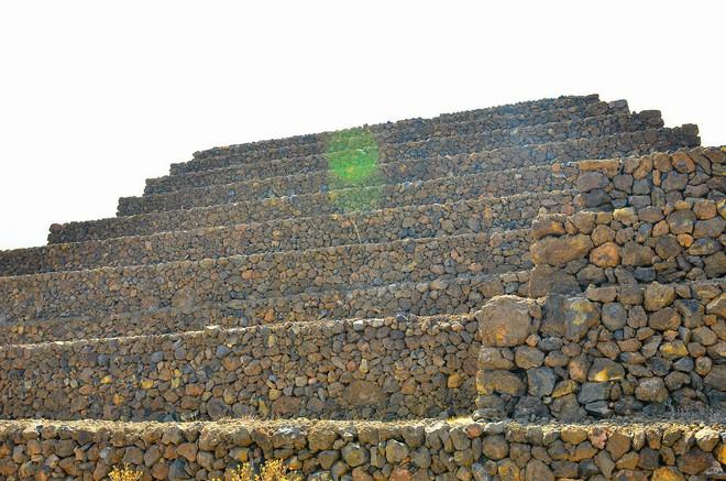Phát hiện loạt kim tự tháp bí ẩn ở Tây Ban Nha: Nhà thám hiểm đang truy tìm nguồn gốc - Ảnh 2.