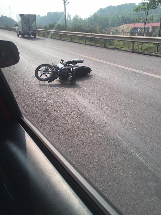 Xác định danh tính tài xế xe máy đâm CSGT tử vong trên cao tốc - Ảnh 1.