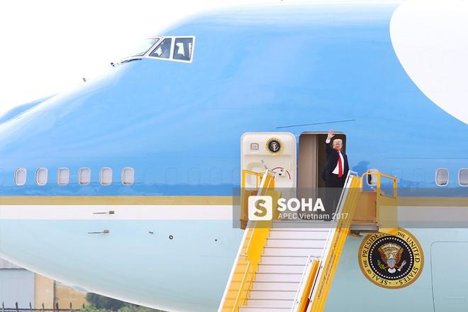 [CẬP NHẬT] Kết thúc APEC: Quốc vương Hassanal Bolkiah tươi cười tạm biệt Đà Nẵng  - Ảnh 2.
