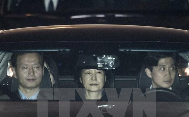 Cựu Tổng thống Hàn Quốc Park Geun-hye bị bắt giữ, đối mặt 13 cáo buộc
