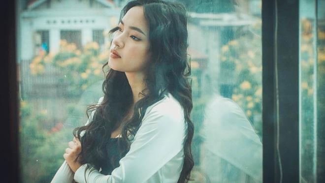 Châu Bùi đẹp không góc chết trong MV mới của nhóm Da LAB - Ảnh 3.