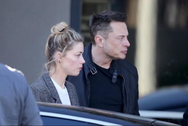 Nhan sắc bốc lửa của mỹ nữ đào mỏ khiến tài tử Johnny Depp và tỷ phú công nghệ mê mẩn - Ảnh 2.
