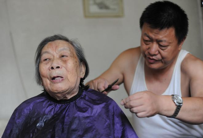 Mắc 5 bệnh ung thư, bí quyết sống sót của cụ bà hơn 90 tuổi sẽ khiến chúng ta suy nghĩ lại - Ảnh 4.