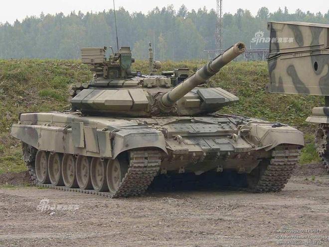 Báo Trung Quốc bình luận thương vụ mua sắm xe tăng T-90 của Việt Nam - Ảnh 1.