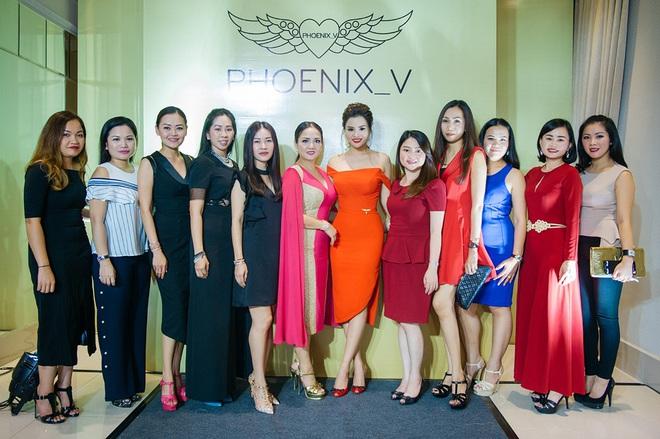 Hoa hậu Mỹ Linh sang Campuchia để ủng hộ Vũ Thu Phương - Ảnh 3.