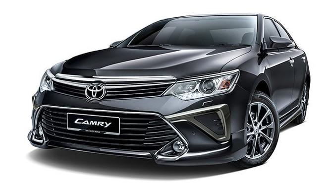 Hàng loạt ô tô Toyota tại Việt Nam giảm giá mạnh trăm triệu - Ảnh 1.