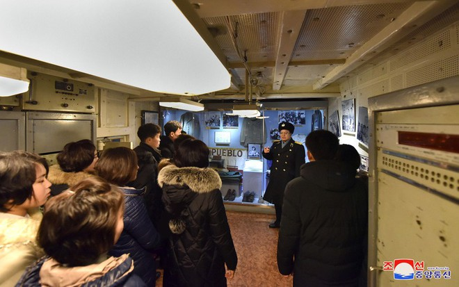 Bên trong chiến hạm Mỹ bị Triều Tiên bắt giữ - Ảnh 9.