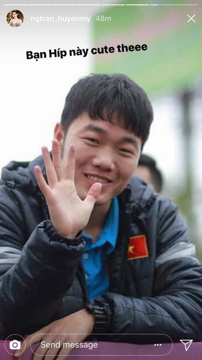 Giữa dàn cầu thủ cực phẩm U23 Việt Nam, Xuân Trường được Huyền My đặc biệt ưu ái! - Ảnh 1.