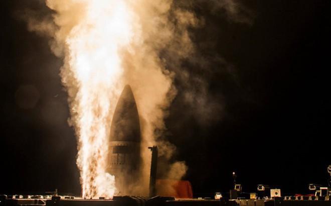 """Tên lửa Nga – Trung """"xé toạc và xóa sổ"""" hệ thống phòng thủ Mỹ: Chạy không kịp?"""