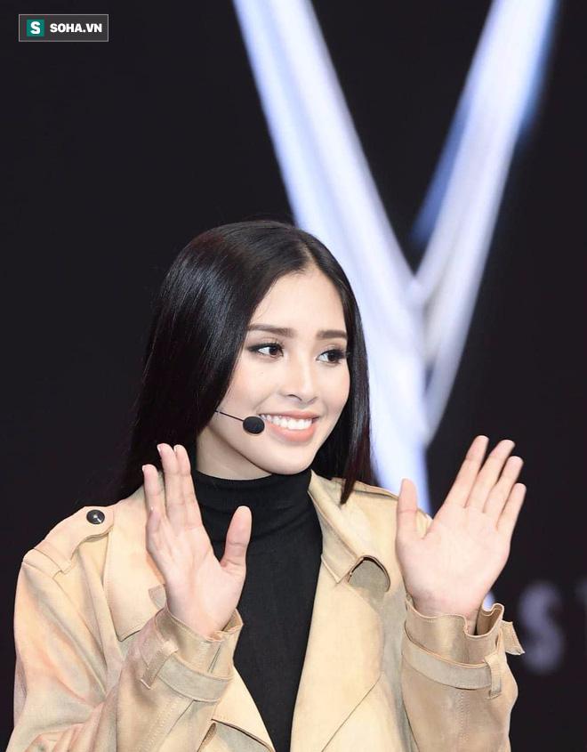Hé lộ hình ảnh đầu tiên của Hoa hậu Tiểu Vy trong buổi tập duyệt lễ ra mắt xe VINFAST tại Pháp - Ảnh 5.