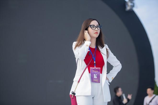 Tùng Dương, Thanh Lam gây xúc động trong đêm nhạc về Bác - Ảnh 12.