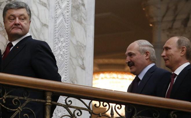 """Trên sóng truyền hình Mỹ, TT Poroshenko bất ngờ cảm ơn TT Putin vì đã """"giúp Ukraine"""""""