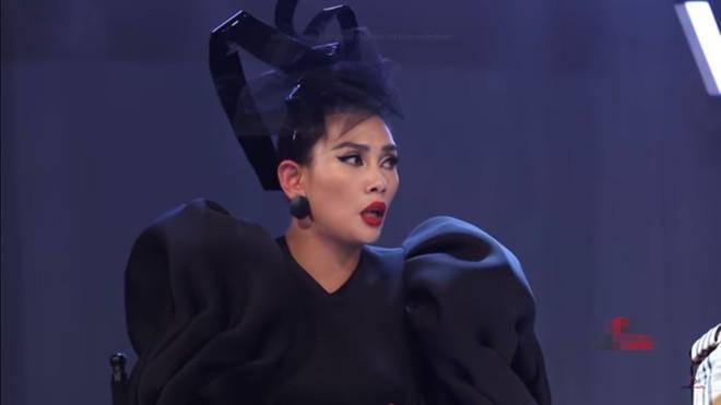 The Face Việt: Võ Hoàng Yến và Minh Hằng liên tục bốp chát nhau trên sóng truyền hình - Ảnh 8.